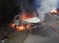 Projíždějící řidička vytáhla zraněného mladíka z havarovaného auta