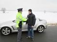 Policejní hlídky zastavily během dne 187 vozidel