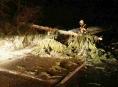 Vydatné sněžení si vyžádalo také výjezdy hasičů