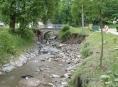 Na Zlatohorsku budují větší protipovodňovou ochranu