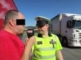 FOTO: Policie na Jesenicku kontrolovala nákladní vozidla