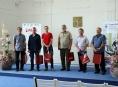 Čtrnáct mužů darovalo dvěstěkrát svou krev či plazmu