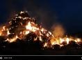 VIDEO: Požár stohu u Želechovic má na svědomí hra dětí s ohněm