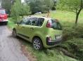 Nepozornost kvůli telefonu se vymstila řidiči v Bohutíně