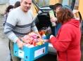 Pět set kilo pamlsků pomohli nasbírat v Šumperku pro zvířata v nouzi
