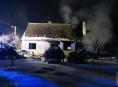 Při požáru domu v Horních Loděnicích bylo nalezeno ohořelé torzo těla