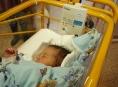 Dech novorozenců střeží ve FN Olomouc dvacet nových monitorů