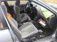 V Šumperku řidič prchal před policií a v autě si zapomněl pistoli a trávu