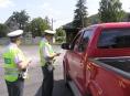 FOTO: Policie obdarovala řidiče na Jesenicku