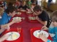 Školní jídelny vaří týden tradiční jídla Jeseníků