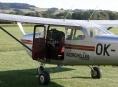 Na louce u Rapotína nouzově přistálo letadlo