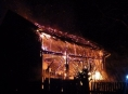 Ve Vikýřovicích shořela stodola vedle domu
