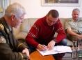 Vojenští veterináři zajistí péči o psy Horské služby