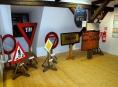Za historií dopravního značení do Muzea silnic ve Vikýřovicích