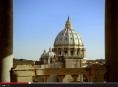 V Oku nahlédnete do Vatikánských muzeí a Sixtinské kaple