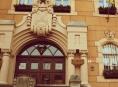 Peticemi bombardují občané šumperskou radnici
