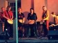 Vernisáž medvídků v Retro zahájí bubeníci