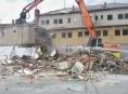 Demolice požární stanice v Šumperku je v plném proudu