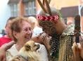 Frank z Nového Zélandu se stal oblíbenou tváří folklorního festivalu