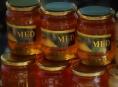 Potravinářská inspekce zveřejnila další šarže medu s antibiotiky