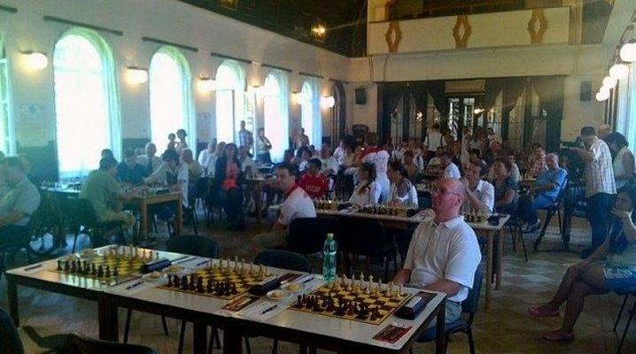 Šachový turnaj ve Velkých Losinách