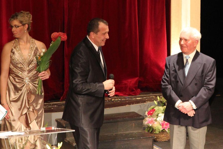 František Čech obdržel v roce v roce 2011 ocenění Přínos městu