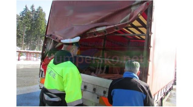 Špatný stav nákladních vozidel a autobusů je problém i na Jesenicku
