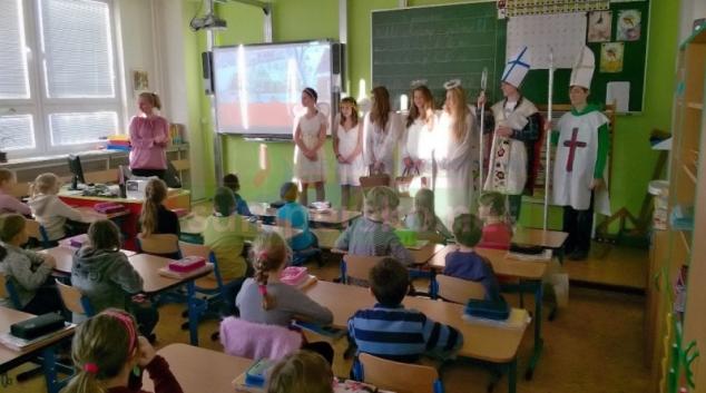 """FOTO: Na šumperskou """"Pětku""""  přišel sv. Mikuláš"""