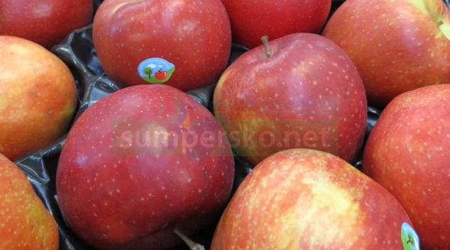 Na trhu jsou kontaminovaná jablka nepovoleným množstvím pesticidu