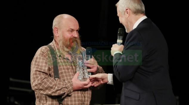 Naivní malíř Libor Vojkůvka vstoupil do krajské dvorany slávy