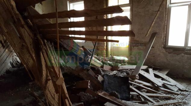 V centru Olomouce se propadl strop v rekonstruovaném bytě