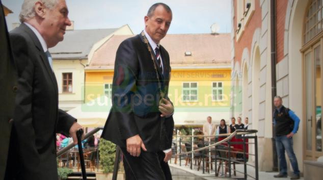 Prezident Miloš Zeman opět navštíví Olomoucký kraj