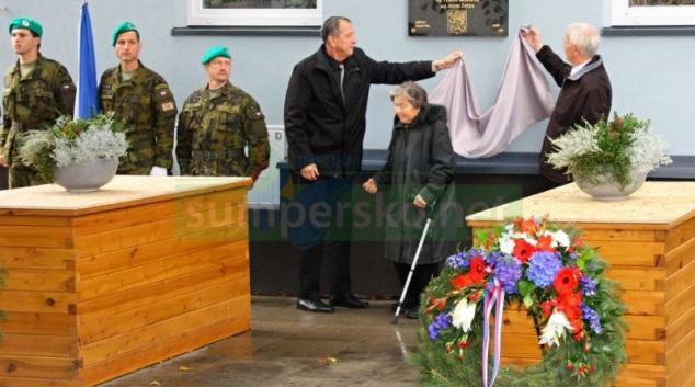 Město Šumperk poctilo československé vojáky Pěšího pluku 13