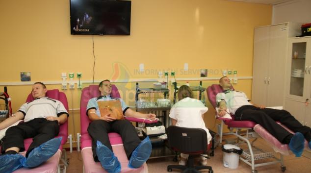 Policisté v Olomouckém kraji již tradičně hromadně darovali krev