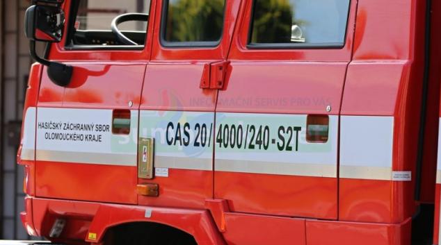 V Mohelnici kvůli požáru ve sklepních prostorách evakuovali přes třicet osob