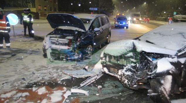 Řidič v Mohelnici nedal v křižovatce přednost