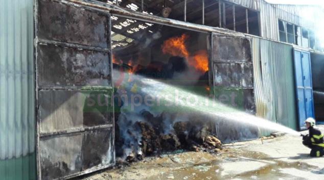 Náročný zásah hasičů v Olšanech