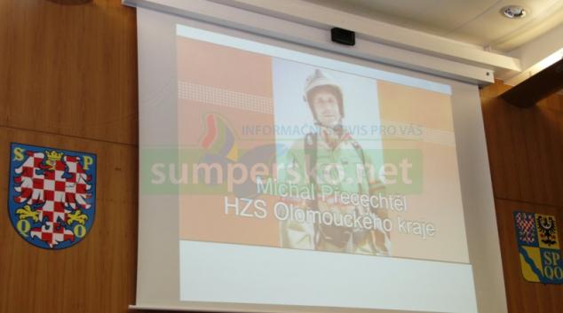 Profesionální hasič Michal Přecechtěl převzal krajské ocenění