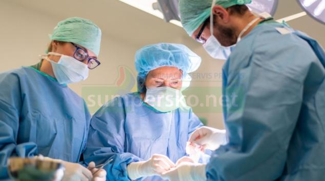 Ortopedická klinika testuje nový zákrokový sál