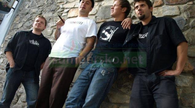 Punk Floid oslaví 20 let existence velkolepě