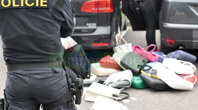 V Hřensku se pohyboval falešný inspektor obchodní inspekce