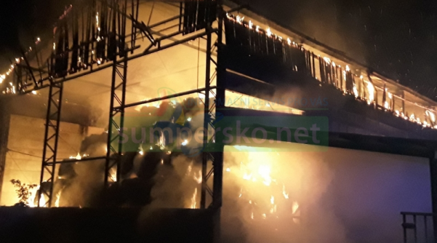 V kraji během jednoho večera zasahovalo 28 jednotek hasičů