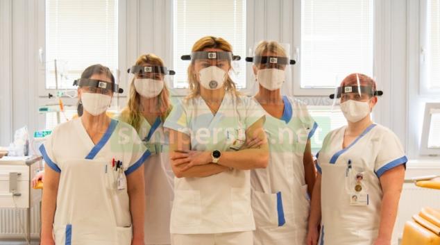 Olomoucká fakultní nemocnice vyplatila zdravotníkům na odměnách pět milionů korun