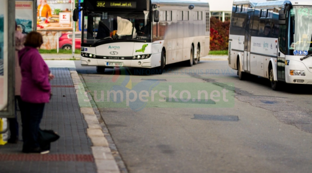 Hejtmanství dočasně omezí provoz autobusové dopravy