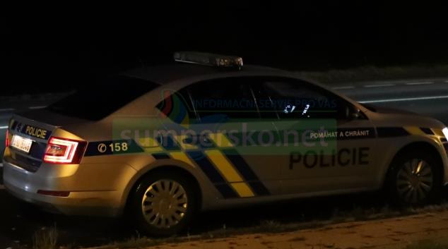 Opilá řidička najela v Šumperku na ochranný ostrůvek