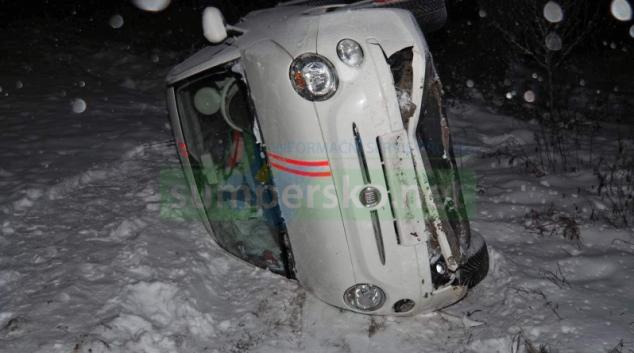 Řidič u Libivé podcenil rychlost a kluzkou vozovku
