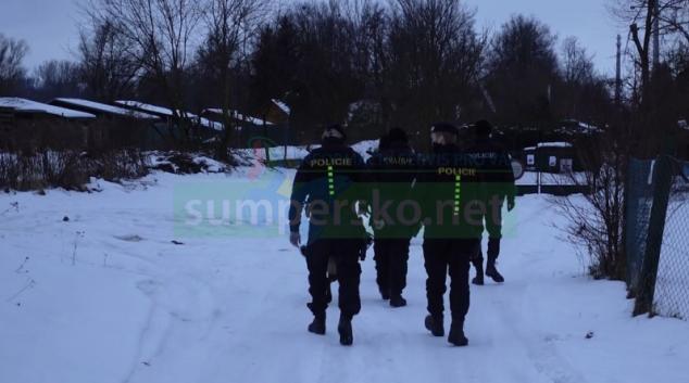 Policisté v kraji kontrolují chatové oblasti