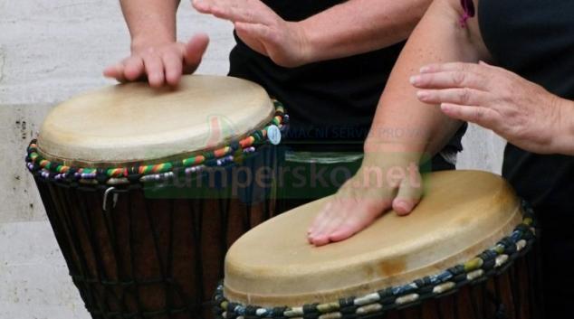 Africké bubnování v Šumperku