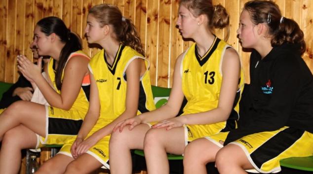 Basket: Šumperské žačky zabojovaly o střed tabulky