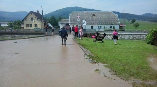 V České Vsi blesková povodeň vytvořila laguny